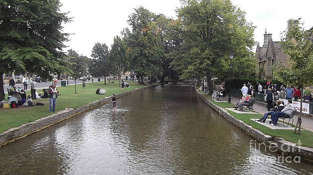 Bourton on the water by John Williams