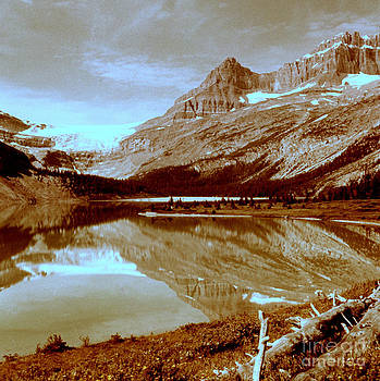 Linda Rae Cuthbertson - Bow Lake and Crowfoot Mountain 1960