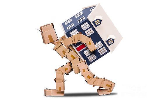 Simon Bratt Photography LRPS - Box man moving house