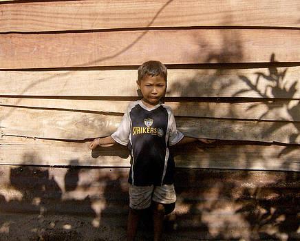 Roberto A - Boy Against Wall