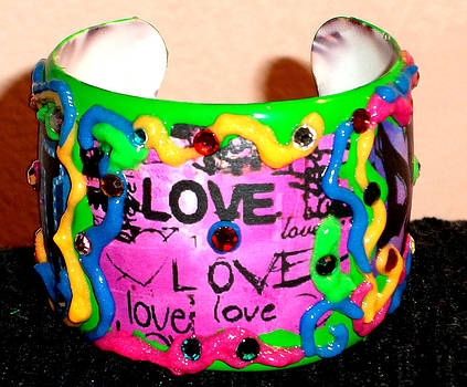 Bracelet with Graffiti by Patricia Rachidi