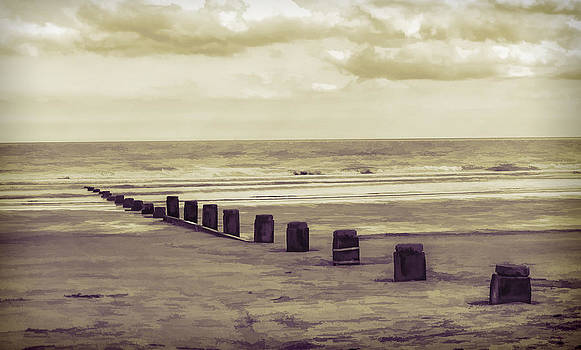Bridlington Beach by Nick Field