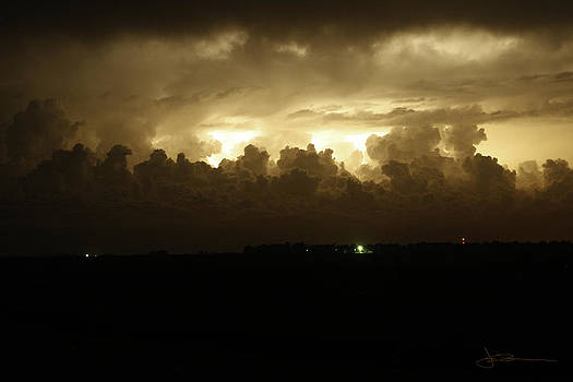 Bright Horizon 11 pm by Jim Bunstock