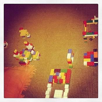 Brincando De #lego by Isis Tomie