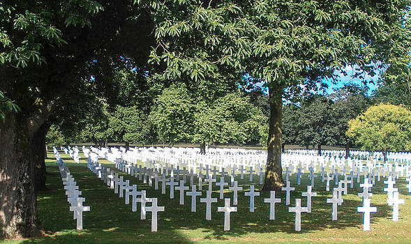 Brittany American Cemetery - France by Dany Lison
