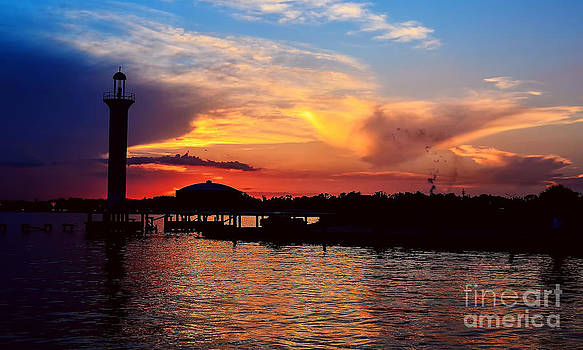 Broadwater Biloxi by Maddalena McDonald