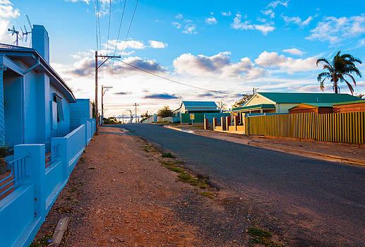 Broken Hill Laneway by Ross Carroll