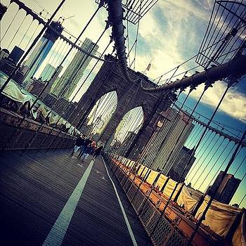 #brooklynbridge #nyc by Alejandra Lara