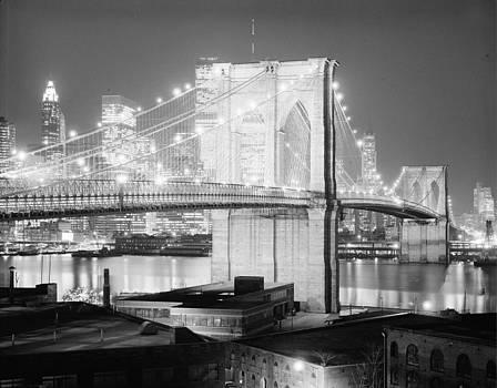 Brookyln Bridge by Allen Beilschmidt