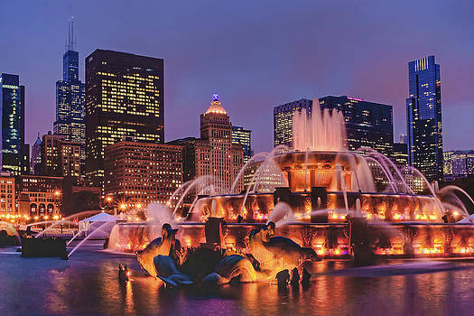 Nikolyn McDonald - Buckingham Fountain #3
