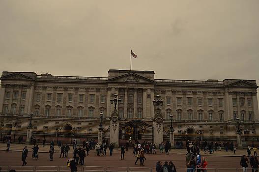 Buckingham Palace by Alexander Mandelstam