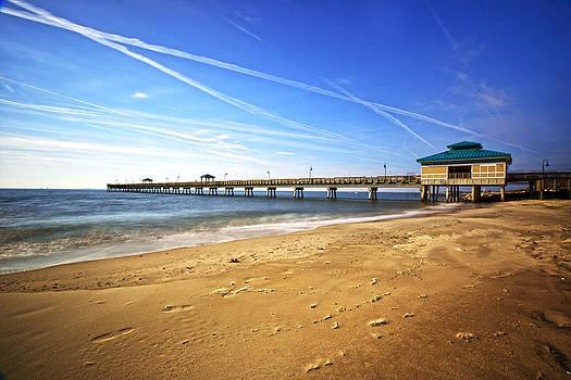 Regina  Williams  - Buckroe Beach Fishing Pier