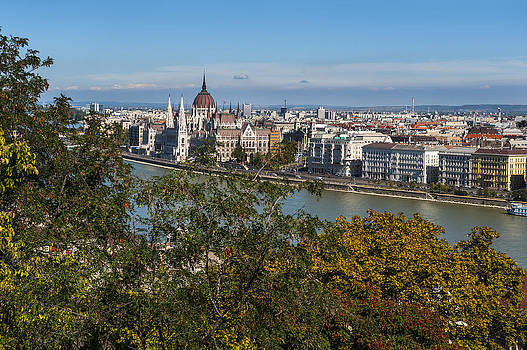 Pam  Elliott - Budapest City