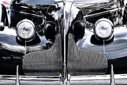 Buick Eight by Goyo Ambrosio