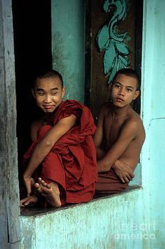 James Brunker - Burmese monks