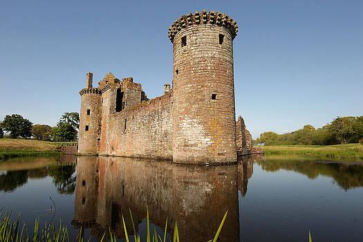 Caerlaverock castle by GK Photography