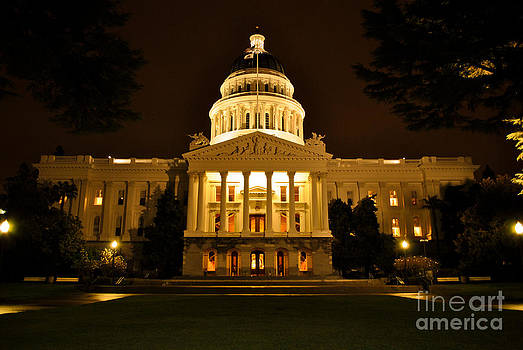 California State Capitol Building by Dan Julien