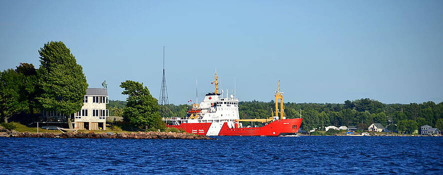 Linda Rae Cuthbertson - Canadian Coast Guard Thousand Islands