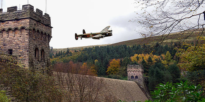 Gary Eason - Canadian Lancaster VR-A at the Derwent Dam