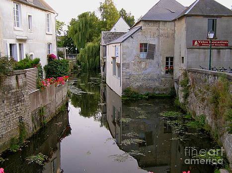 Carolyn Kami Loughlin - Canal Reflections
