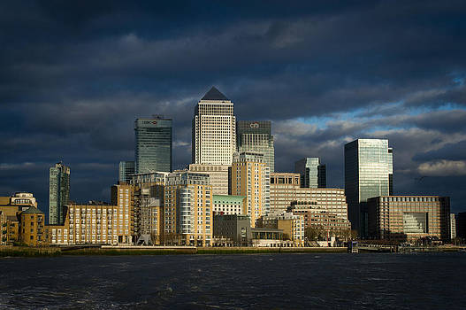 Gary Eason - Canary Wharf sunlit from the Thames