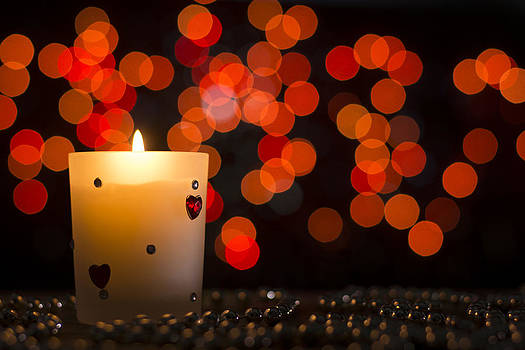 Newnow Photography By Vera Cepic - Candle in the dark with bokeh background