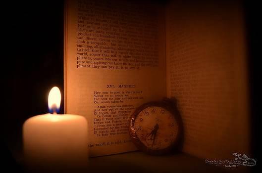 Guy Hoffman - Candlelight Read