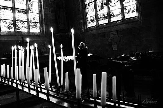 Diana Haronis - Candles for the Dead