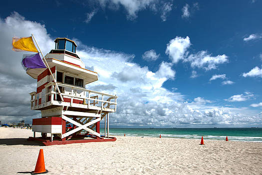 Candy Stripe Lifeguard House 2 by Derek Latta