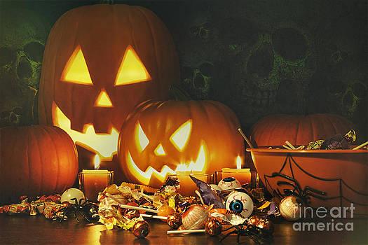 Sandra Cunningham - Candy treats and pumpkins