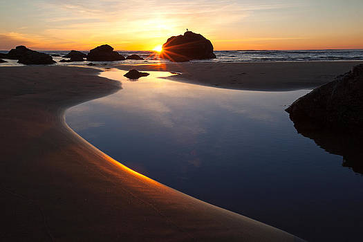 Susan Rovira - Cannon Beach Sunset Horizontal