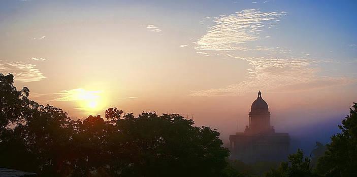 Capitol Sunrise by Wayne Stacy