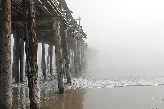 Capitola Pier by Peter Kotzbach