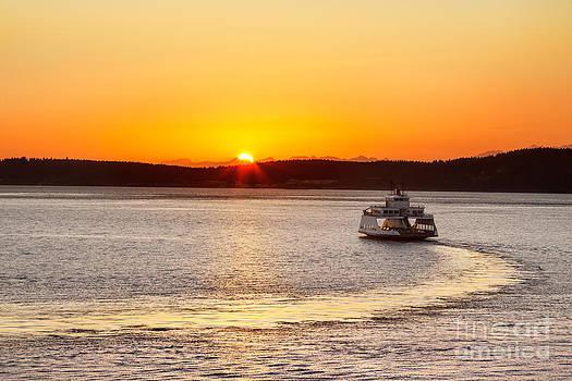 Jo Ann Snover - Car ferry leaving Steilacoom