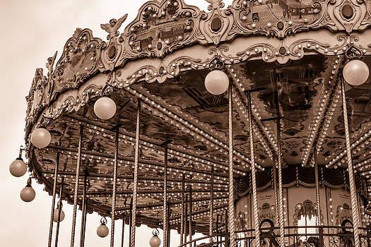 Georgia Fowler - Carnival Ride Toned