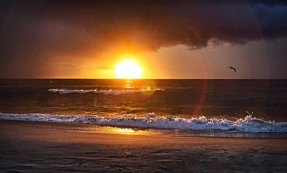 Carolina Beach Sunrise by Phil Mancuso