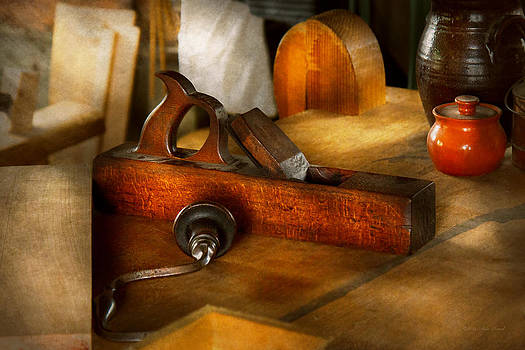 Mike Savad - Carpenter - The humble shop plane