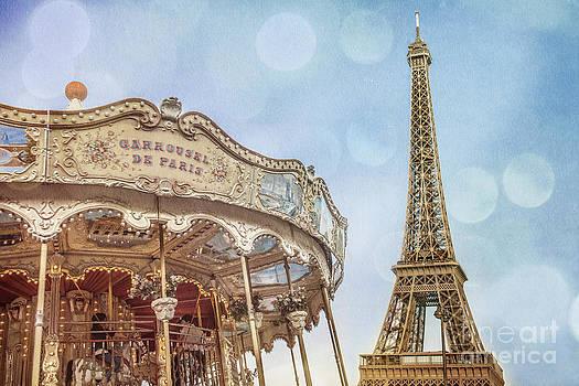 Carrousel De Paris by Stacey Granger
