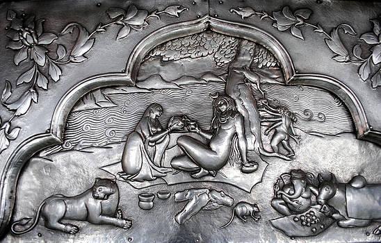 Carving Art on Silver by Vijinder Singh