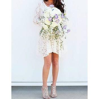 Cascading Bouquet...lace...stylin Bride by Ariane Moshayedi