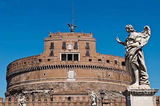 Castel Sant Angelo by Luis Alvarenga