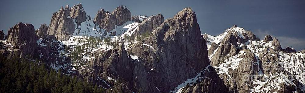 Castle Crags Panorama by James B Toy