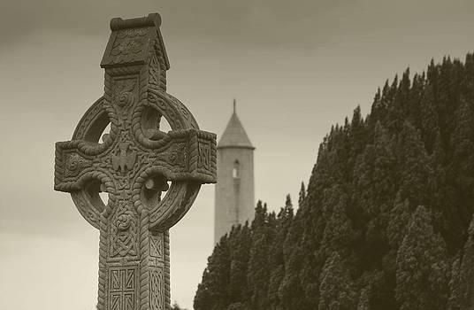 Celtic cross by Arnold Nagadowski