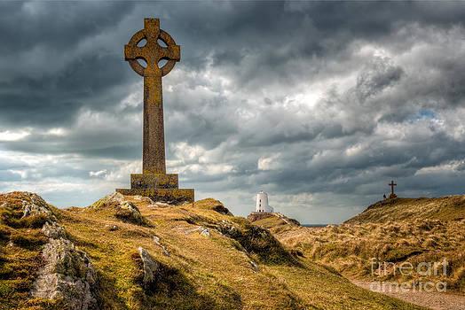 Adrian Evans - Celtic Cross at Llanddwyn Island