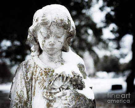 Sonja Quintero - Cemetery Snow