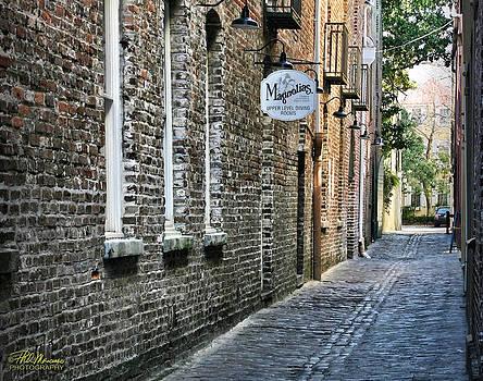 Charleston Street Scene by Phil Mancuso