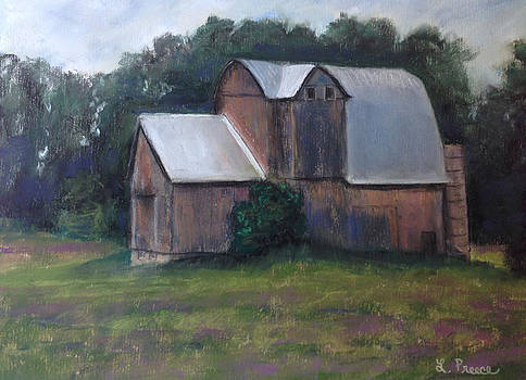 Charlevoix Barn by Linda Preece