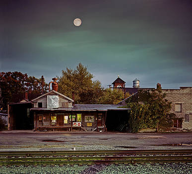 Chelsea Moon by James Rasmusson