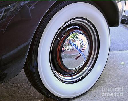Leslie Cruz - Chevy Tire Detail 1