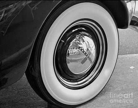 Leslie Cruz - Chevy Tire Detail 2